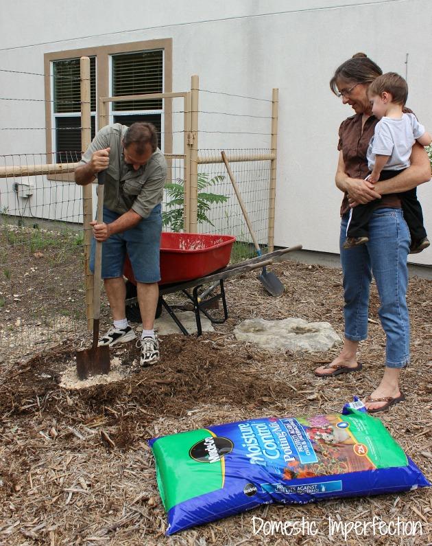 parents digging