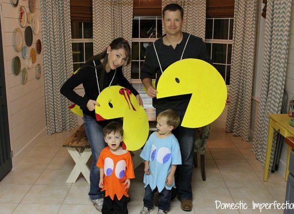 Pac-Man Family – Easy Costume Idea