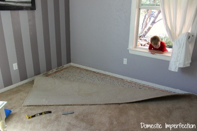 removing-carpet