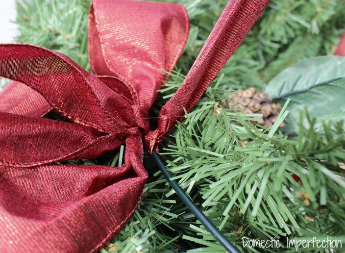 how to hang a wreath horizontally